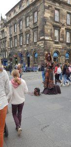 Edinburgh Fringe statue street performer